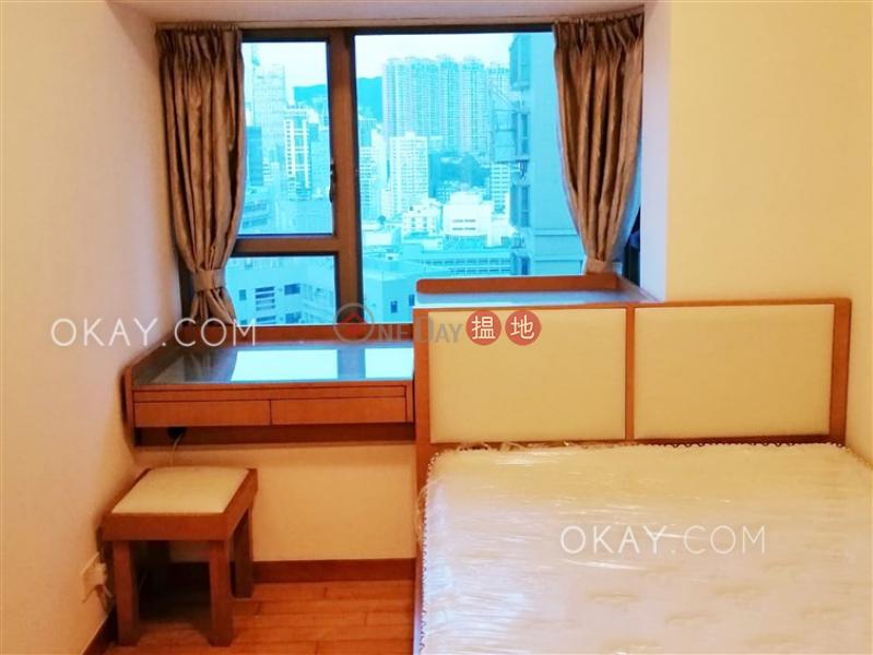 Elegant 3 bedroom with balcony   Rental, The Zenith Phase 1, Block 3 尚翹峰1期3座 Rental Listings   Wan Chai District (OKAY-R61600)