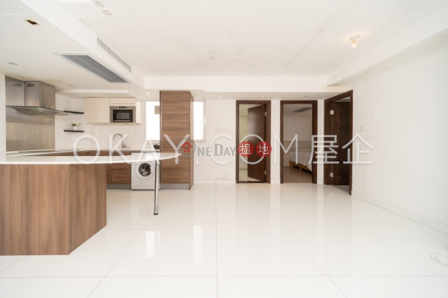 Lovely 2 bedroom with balcony | Rental, Phase 3 Villa Cecil 趙苑三期 Rental Listings | Western District (OKAY-R78621)
