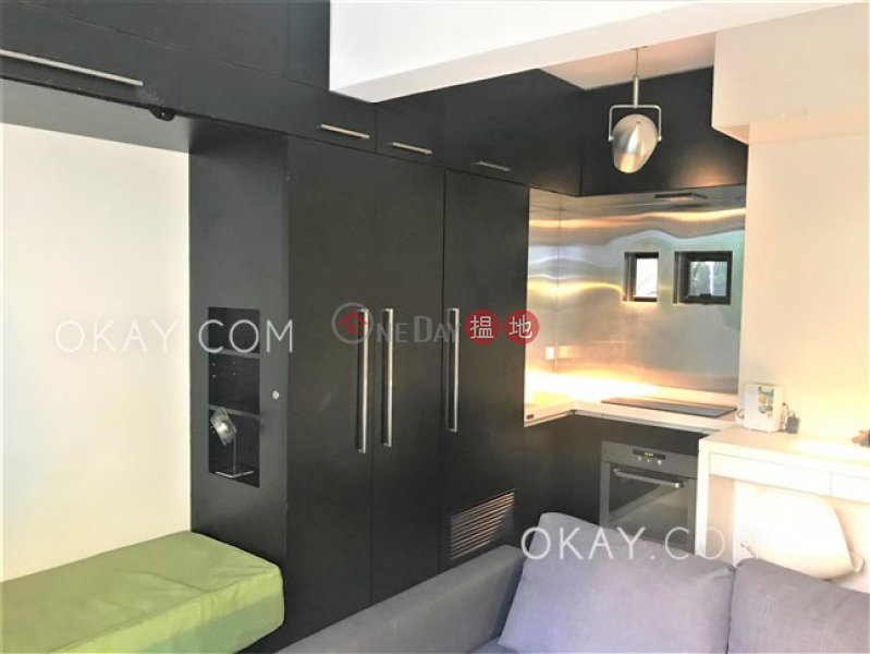 Intimate 1 bedroom with terrace | For Sale | 5 Wa Lane 華里5號 Sales Listings