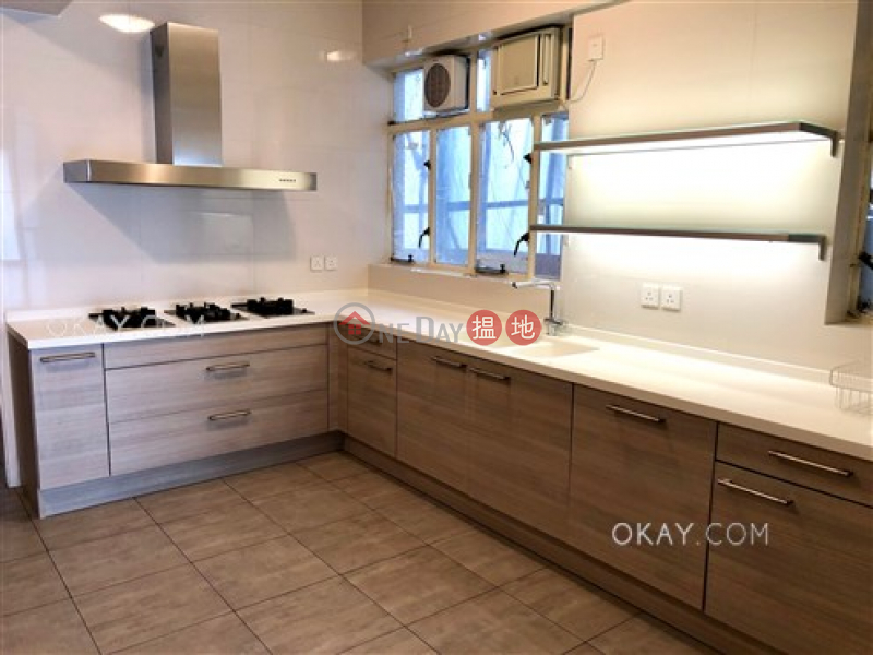 Efficient 4 bedroom with balcony & parking | Rental 8-9 Bowen Road | Central District | Hong Kong, Rental, HK$ 108,000/ month