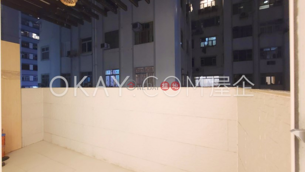 百德大廈-中層 住宅出租樓盤-HK$ 30,000/ 月