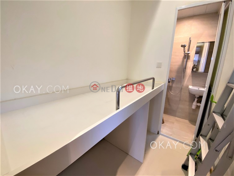 Luxurious 2 bedroom in Mid-levels Central | Rental | Valverde 蔚皇居 Rental Listings