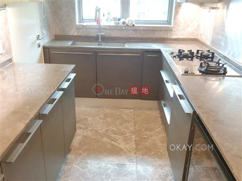 HK$ 58M LE CHATEAU, Kowloon City, Stylish 4 bedroom on high floor with rooftop & balcony | For Sale