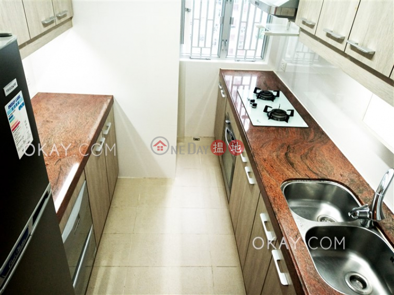 Charming 3 bedroom in Quarry Bay | Rental | (T-45) Tung Hoi Mansion Kwun Hoi Terrace Taikoo Shing 東海閣 (45座) Rental Listings