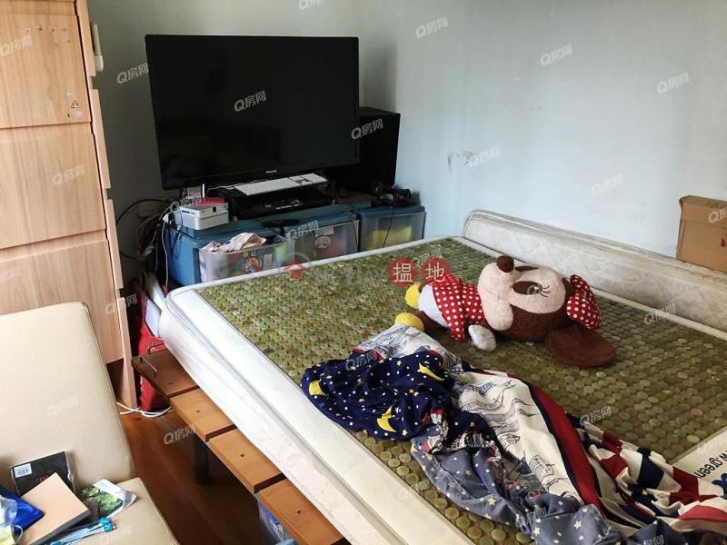 Block 8 East Point City | 3 bedroom Mid Floor Flat for Sale | Block 8 East Point City 東港城 8座 Sales Listings