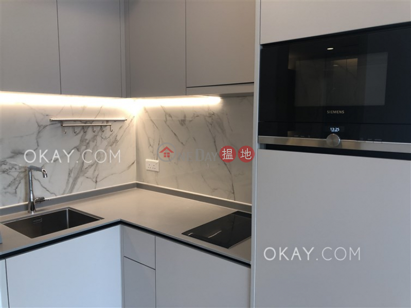 Tasteful 1 bedroom with balcony | Rental, 8 Hing Hon Road | Western District | Hong Kong Rental | HK$ 27,000/ month