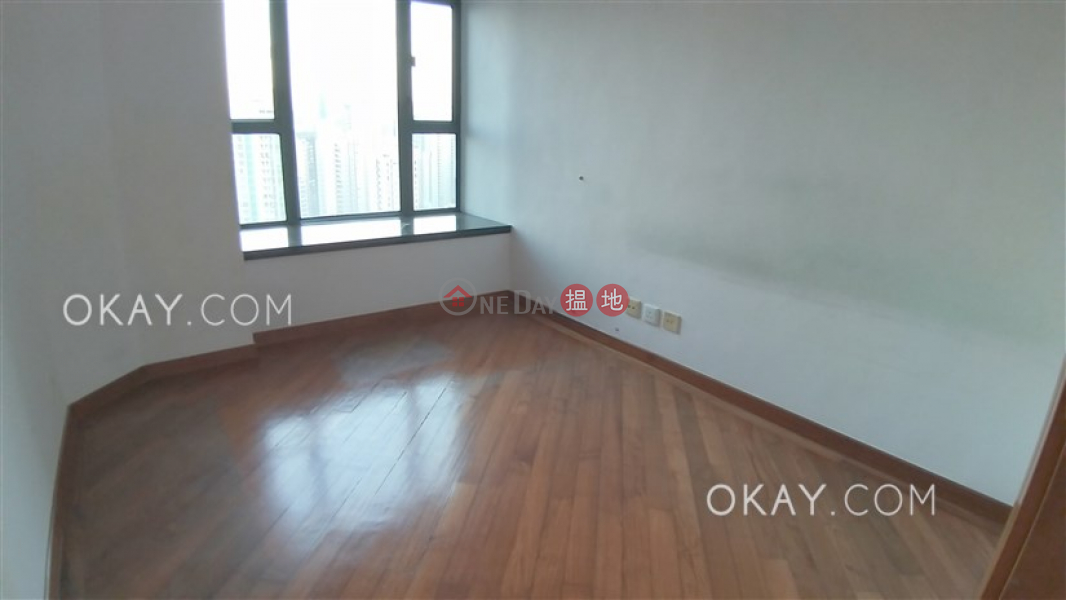 Gorgeous 3 bed on high floor with sea views & parking | Rental | 80 Robinson Road 羅便臣道80號 Rental Listings