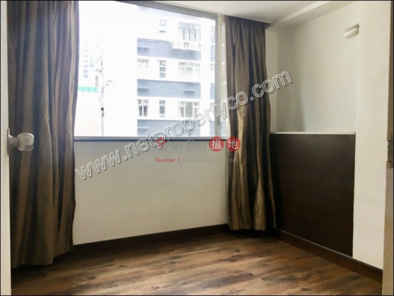 HK$ 28,000/ month | Fung Woo Building | Wan Chai District Newly Decorated Apartment for Both Sale and Rent