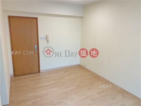 Unique 3 bedroom with balcony | Rental|Western DistrictReading Place(Reading Place)Rental Listings (OKAY-R16609)_0