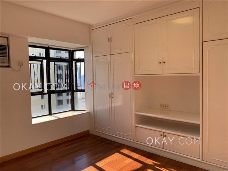 Luxurious 3 bedroom with balcony & parking | Rental | Flora Garden Block 2 慧景園2座 Rental Listings