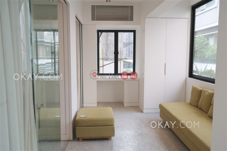 Gorgeous 2 bedroom in Sai Ying Pun | For Sale | 25 Eastern Street 東邊街25號 Sales Listings