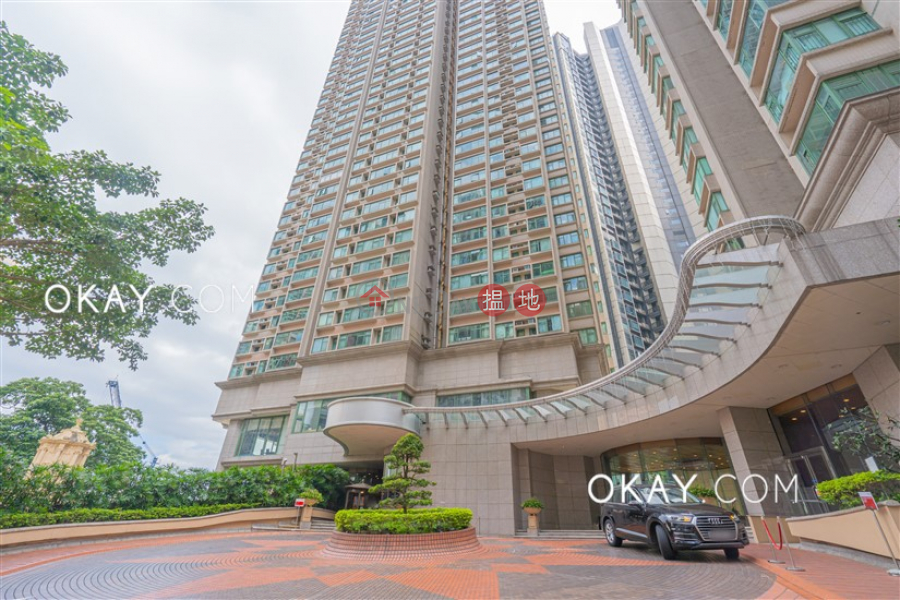 Beautiful 3 bedroom on high floor | For Sale, 70 Robinson Road | Western District | Hong Kong | Sales, HK$ 31M