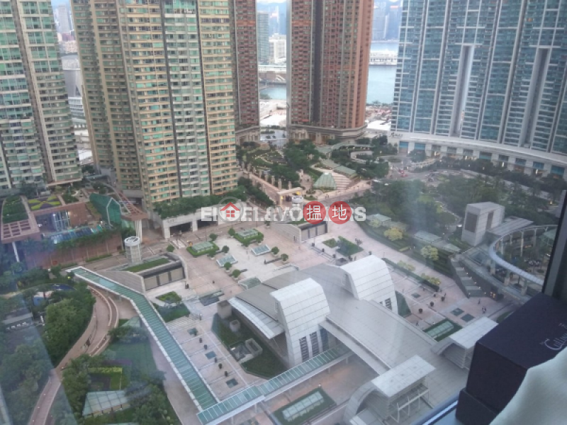 2 Bedroom Flat for Rent in West Kowloon, The Arch 凱旋門 Rental Listings | Yau Tsim Mong (EVHK43888)