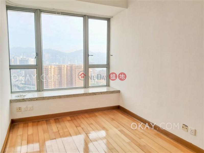 HK$ 3,200萬君頤峰3座-油尖旺3房2廁,極高層,露台君頤峰3座出售單位