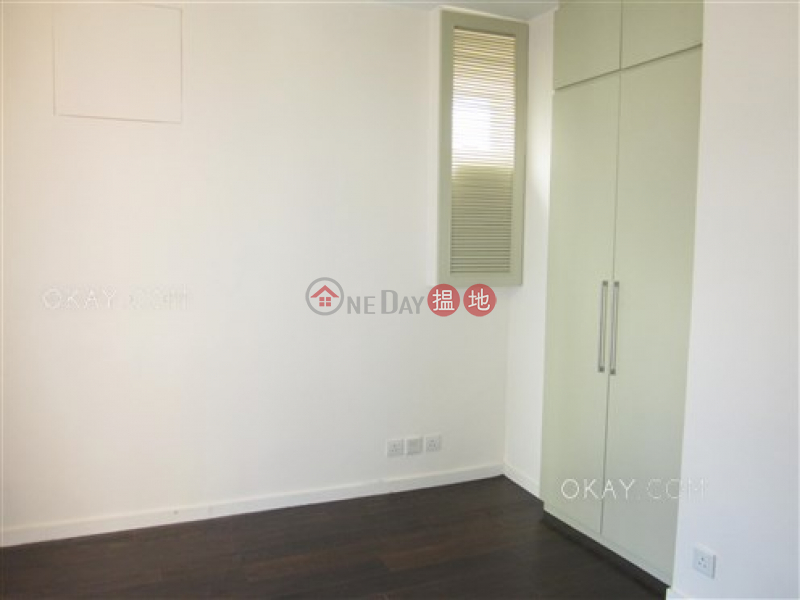 Rare 3 bedroom on high floor with rooftop & parking | For Sale | Village Garden 慧莉苑 Sales Listings