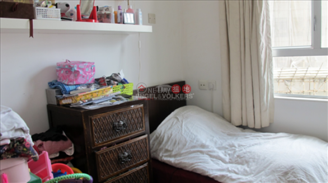 HK$ 18M | Skyview Cliff, Western District, 3 Bedroom Family Flat for Sale in Mid Levels - West