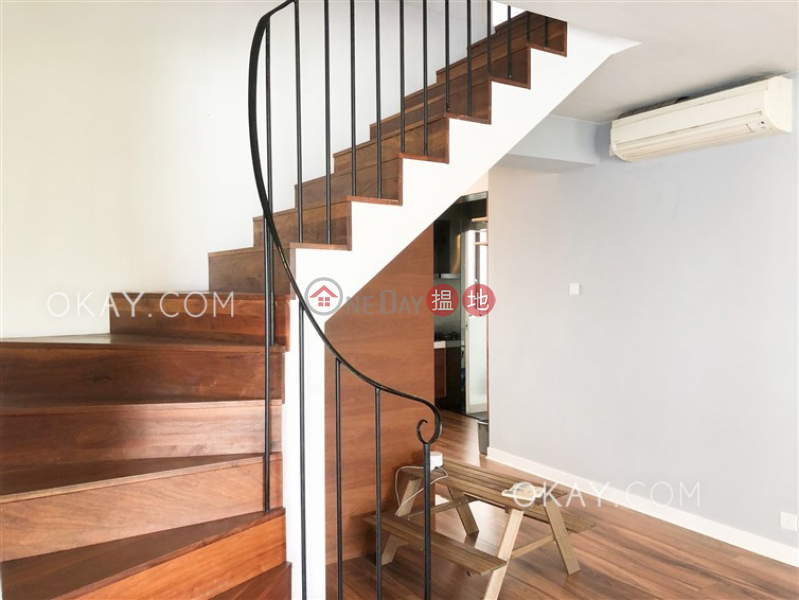 HK$ 47.6M Happy View Court | Wan Chai District Efficient 3 bed on high floor with balcony & parking | For Sale