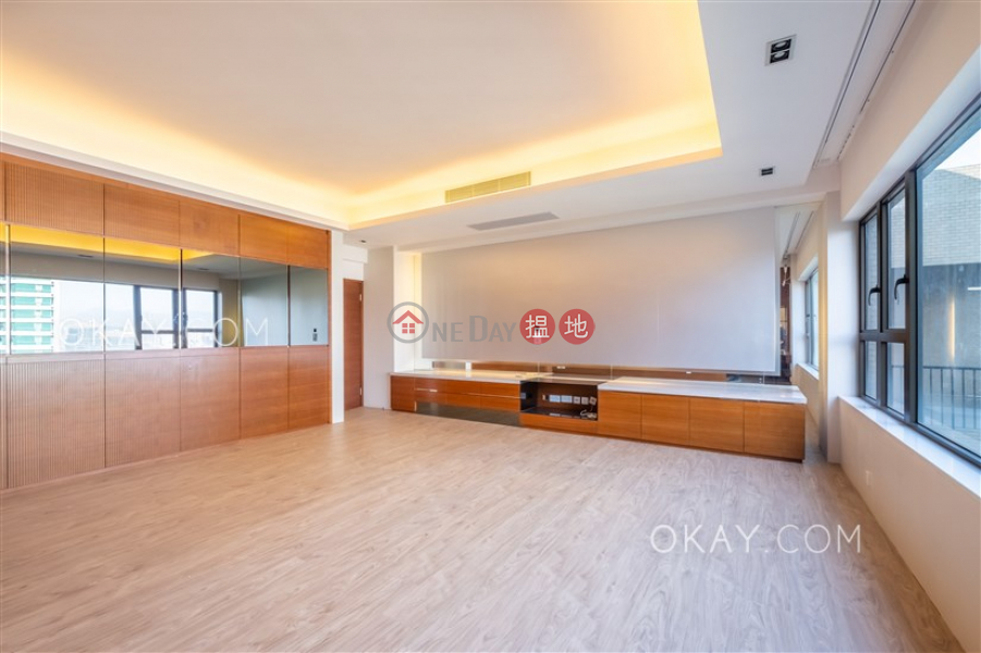 HK$ 200,000/ month, Grenville House, Central District, Efficient 4 bed on high floor with rooftop & terrace | Rental