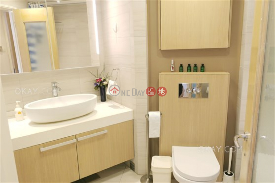 HK$ 55,000/ month, Convention Plaza Apartments Wan Chai District | Lovely 2 bedroom on high floor | Rental