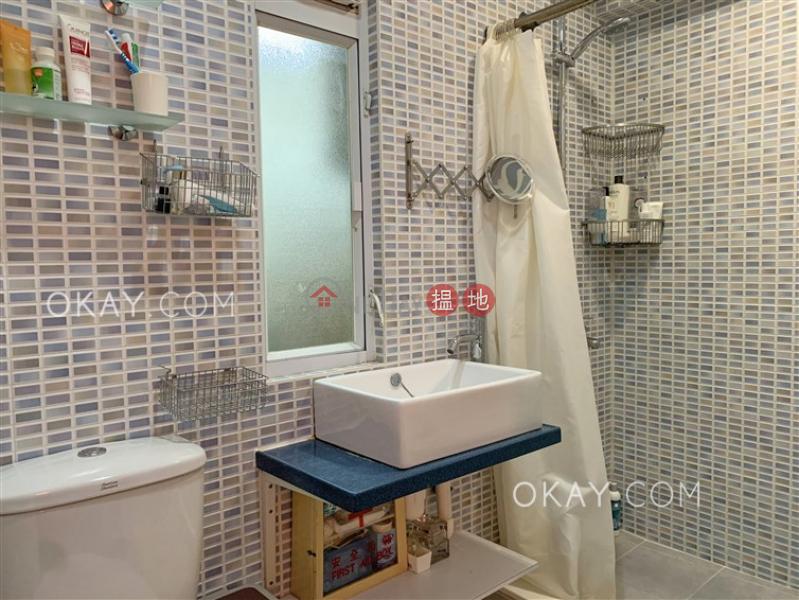 HK$ 25,000/ month | 37-39 Sing Woo Road, Wan Chai District Cozy 1 bedroom with terrace | Rental