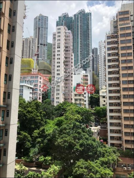 祺安大廈-198-202荷李活道 | 中區香港-出租HK$ 18,500/ 月