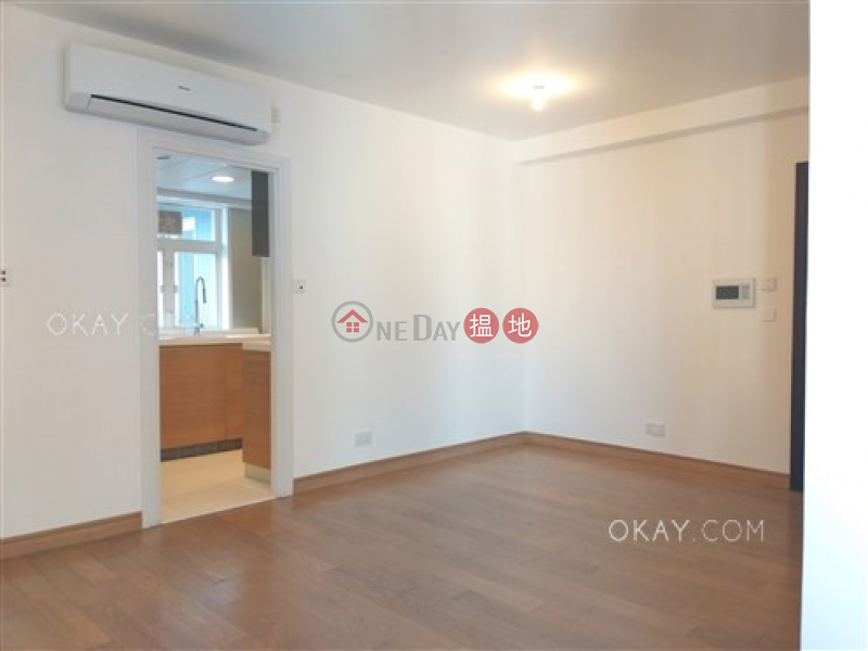 Elegant 3 bedroom on high floor with balcony | Rental 108 Hollywood Road | Central District | Hong Kong Rental | HK$ 45,000/ month