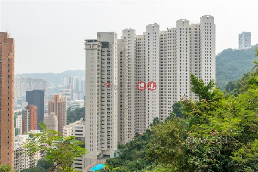 Lovely 3 bedroom on high floor with parking | Rental | Bamboo Grove 竹林苑 Rental Listings