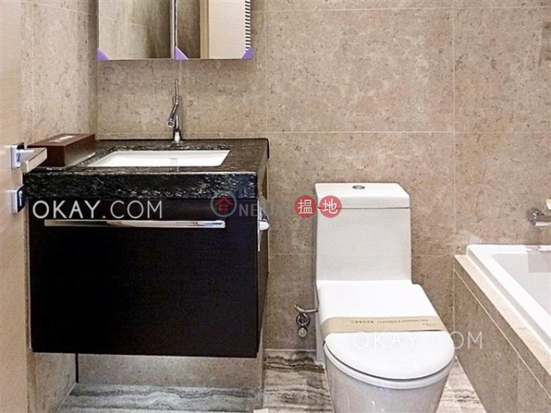 3房2廁,星級會所,可養寵物,連車位《深灣 1座出租單位》9惠福道   南區 香港 出租-HK$ 75,000/ 月