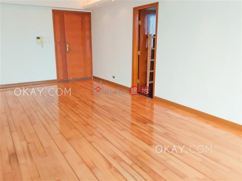3房2廁,極高層,露台君頤峰3座出售單位-18衛理道 | 油尖旺香港-出售|HK$ 3,200萬