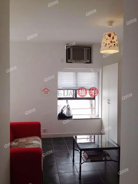 HK$ 12M | King\'s Court Wan Chai District | King\'s Court | High Floor Flat for Sale