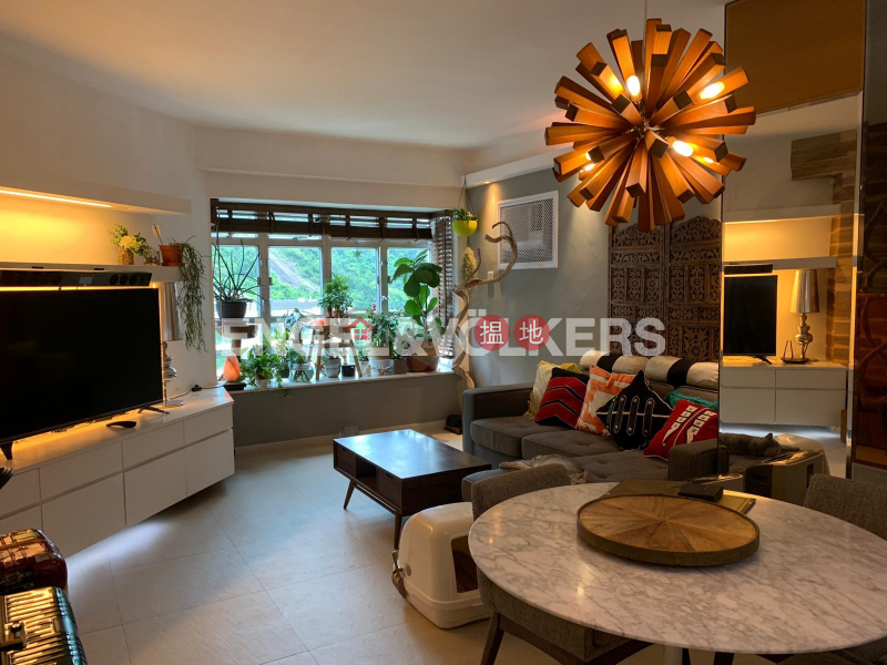 2 Bedroom Flat for Sale in Mid Levels West | Conduit Tower 君德閣 Sales Listings