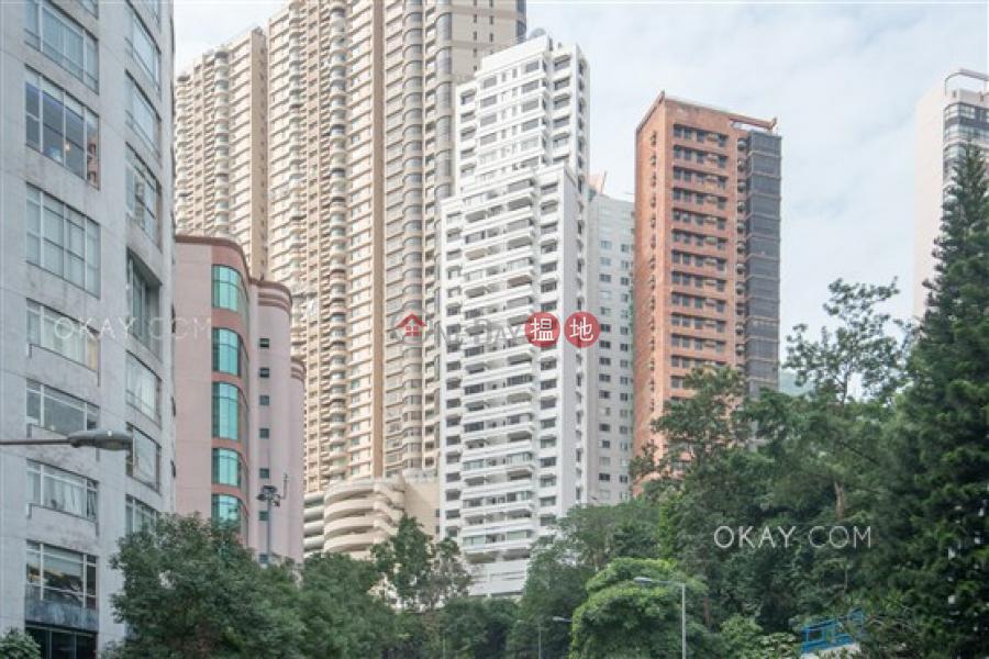 香港搵樓 租樓 二手盤 買樓  搵地   住宅出租樓盤3房2廁,極高層,連租約發售,連車位《羅便臣道1A號出租單位》