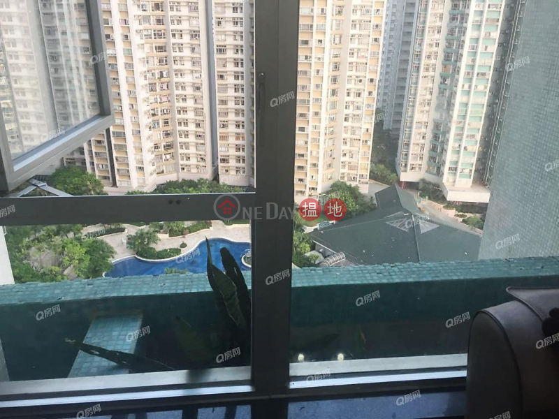 Property Search Hong Kong | OneDay | Residential, Sales Listings, South Horizons Phase 2, Yee Lai Court Block 10 | 3 bedroom Mid Floor Flat for Sale