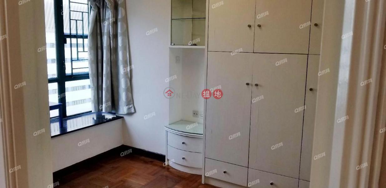 HK$ 38,000/ month Caroline Garden | Wan Chai District Caroline Garden | 3 bedroom Mid Floor Flat for Rent