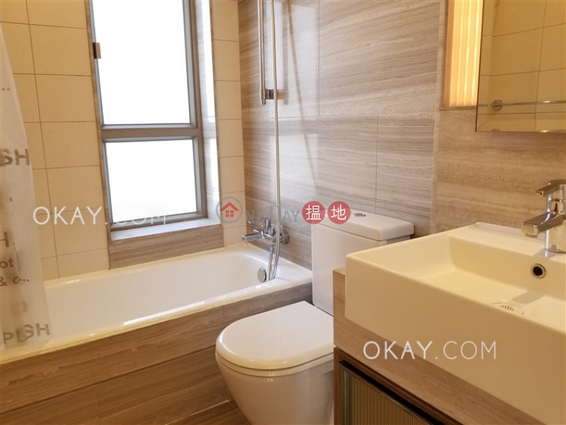 Elegant 3 bedroom with balcony | Rental, Island Crest Tower 1 縉城峰1座 Rental Listings | Western District (OKAY-R89738)