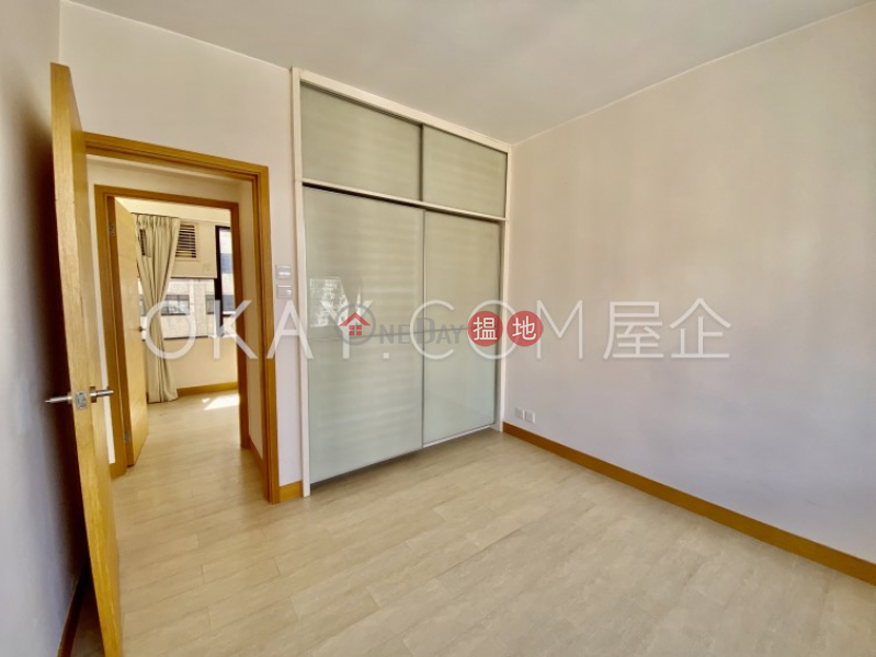 HK$ 31,500/ month Cameo Court Central District   Charming 2 bedroom in Mid-levels West   Rental
