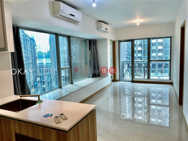 Intimate 2 bedroom with balcony   Rental, Diva Diva Rental Listings   Wan Chai District (OKAY-R291309)