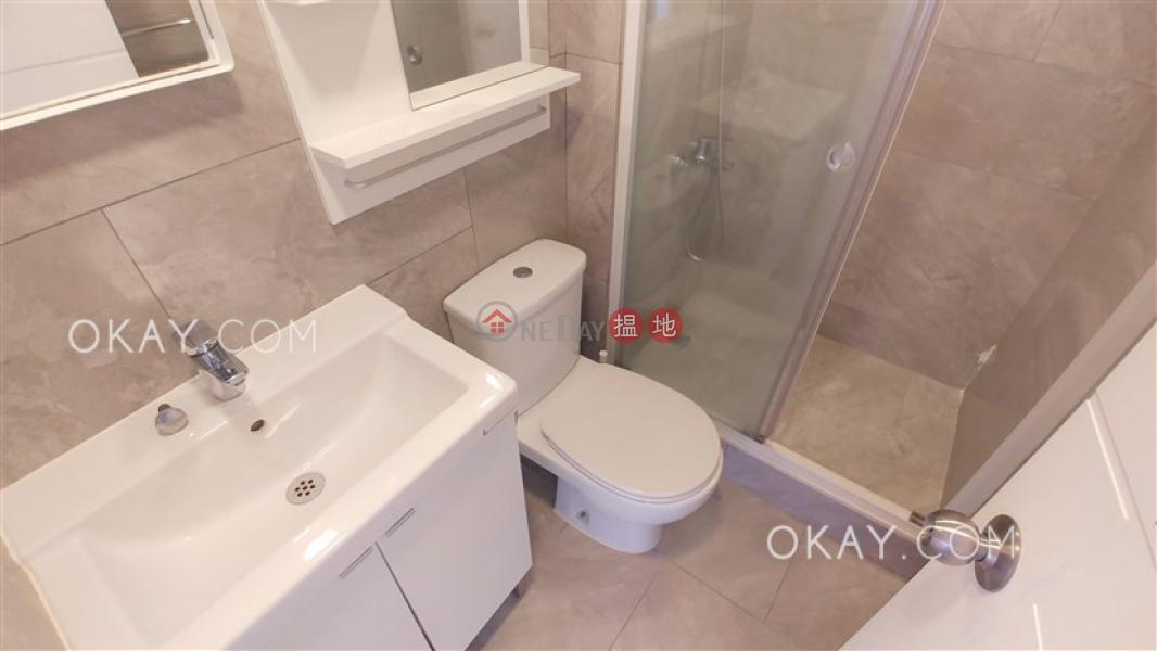 3房2廁,海景,露台《海濱大廈出租單位》|海濱大廈(Riviera Mansion)出租樓盤 (OKAY-R301996)