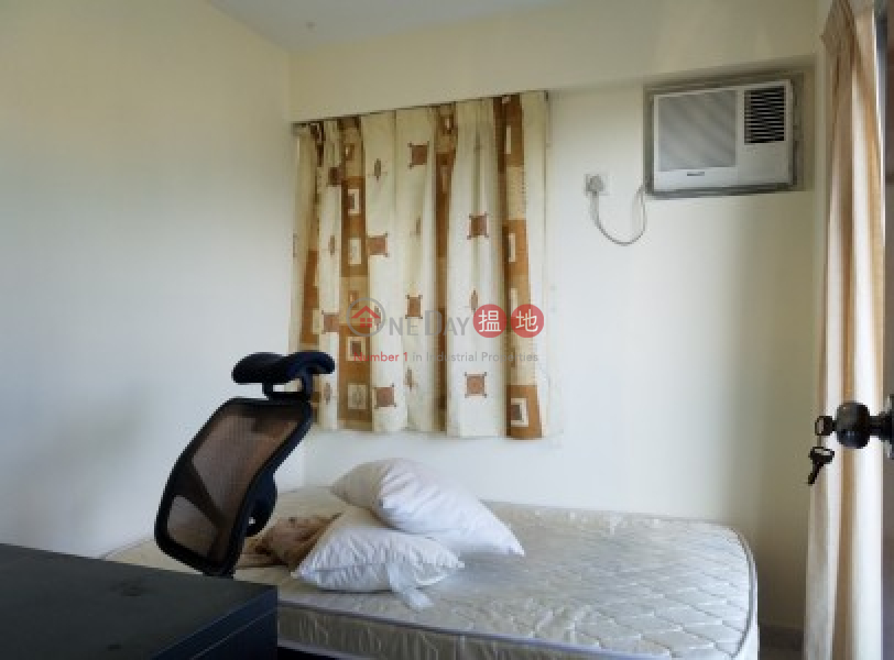 HK$ 10,800/ month Greenery Crest, Block 1, Cheung Chau Nice open balcony Full Newly Renovated with Brand New Kitchen