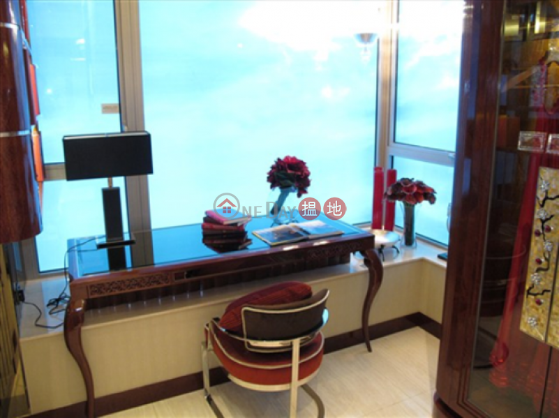 Property Search Hong Kong | OneDay | Residential, Sales Listings 4 Bedroom Luxury Flat for Sale in Tai Kok Tsui