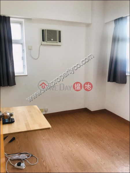 HK$ 25,000/ month | Hyde Centre Wan Chai District | Seaview Apartment for Rent in Wan Chai