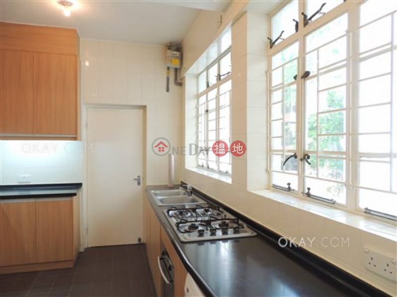 Efficient 3 bedroom with balcony & parking | Rental | Country Apartments 南郊別墅 Rental Listings