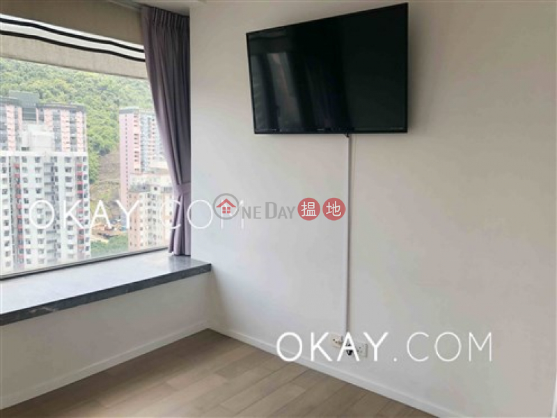 Charming 2 bedroom on high floor with balcony & parking | Rental | The Warren 瑆華 Rental Listings