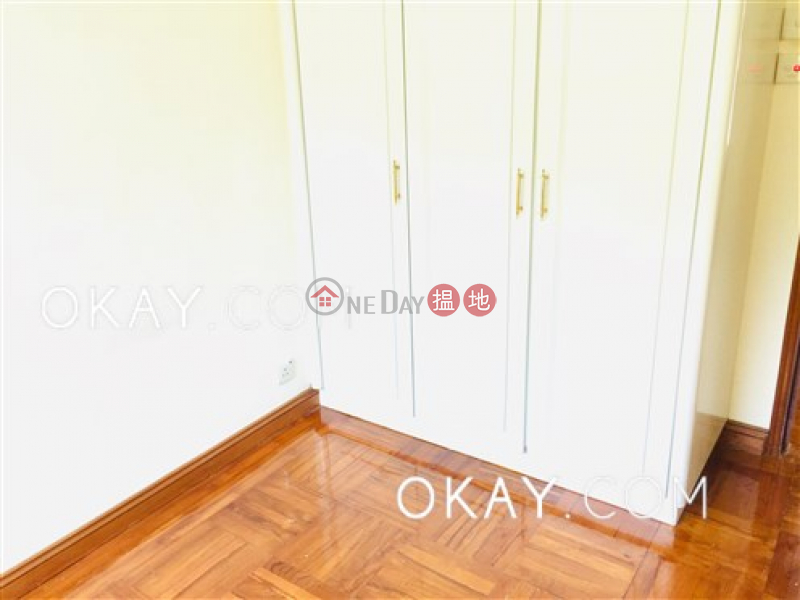 HK$ 65,000/ month | Hillsborough Court Central District Lovely 3 bedroom on high floor with parking | Rental
