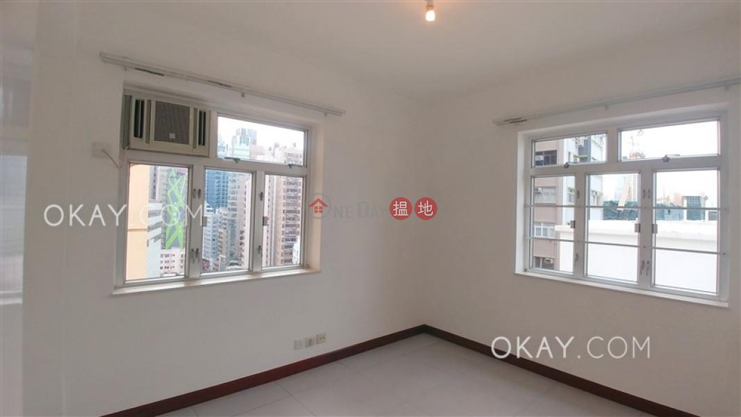 3房2廁,極高層,露台《華登大廈出租單位》|11-19記利佐治街 | 灣仔區|香港|出租-HK$ 39,000/ 月