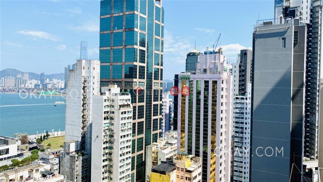 1房1廁,極高層,露台《薈臻出售單位》1桂香街   西區香港 出售 HK$ 820萬
