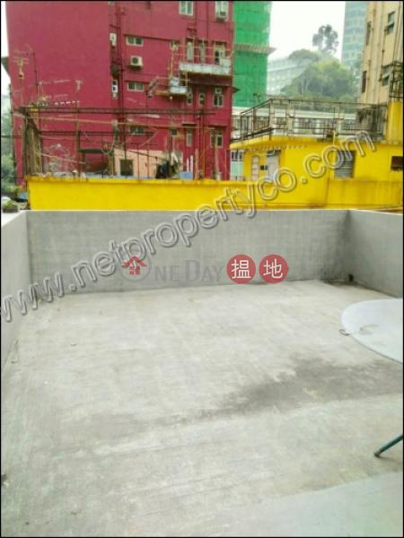 HK$ 18,500/ month, 251-253 Queen\'s Road East   Wan Chai District A roof garden studio flat