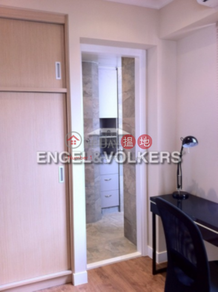 Property Search Hong Kong | OneDay | Residential | Sales Listings, 2 Bedroom Flat for Sale in Central Mid Levels