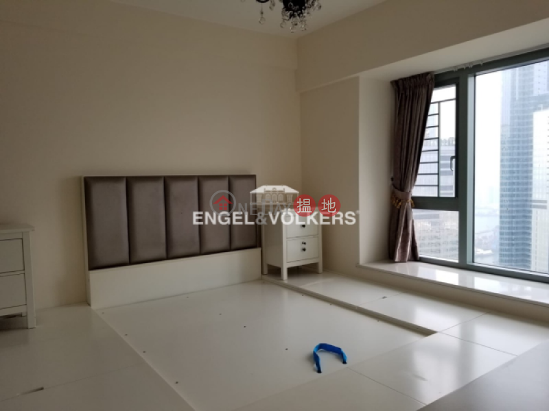HK$ 56,000/ month | Sorrento Yau Tsim Mong 3 Bedroom Family Flat for Rent in West Kowloon