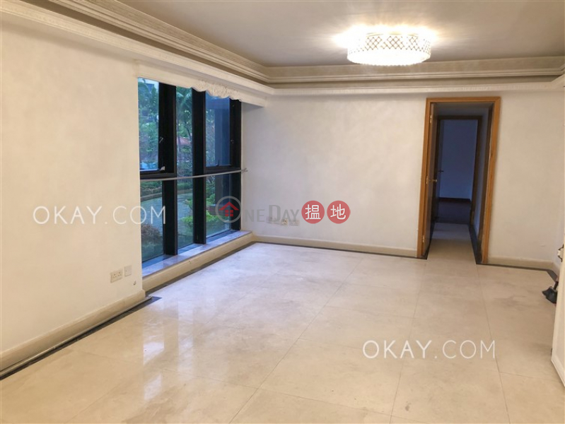 Tasteful 3 bedroom with parking | For Sale | Tropicana Block 5 - Dynasty Heights 帝景軒 帝景峰 5座 Sales Listings